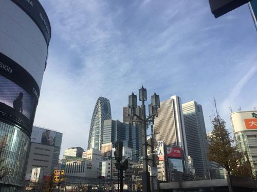 歌舞伎町から見た新宿ビル群