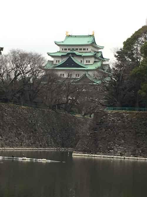 金のしゃちほこで有名な名古屋城