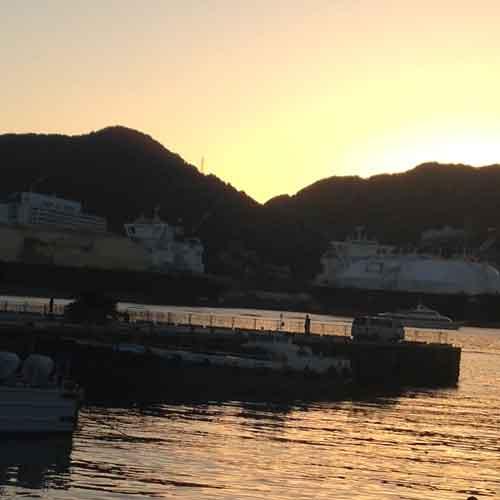 夕方の長崎港