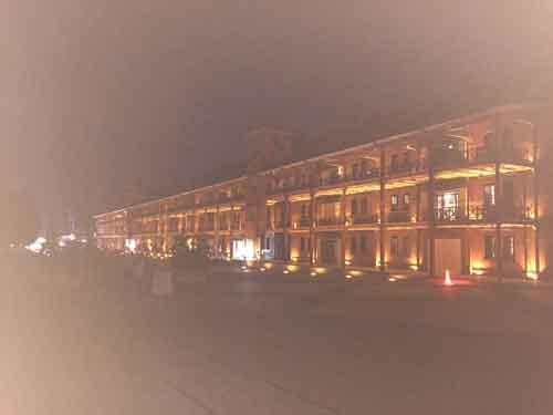 ライトアップされた横浜赤レンガ倉庫