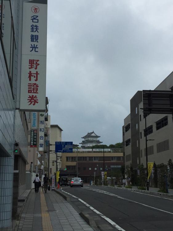 JR小田原駅近辺よりの小田原城
