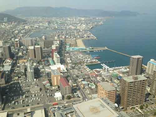 高松シンボルタワーよりの景色