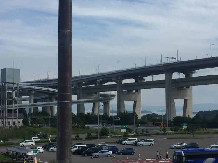 与島パーキングからの瀬戸大橋