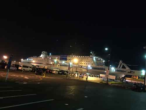 仙台港とフェリー
