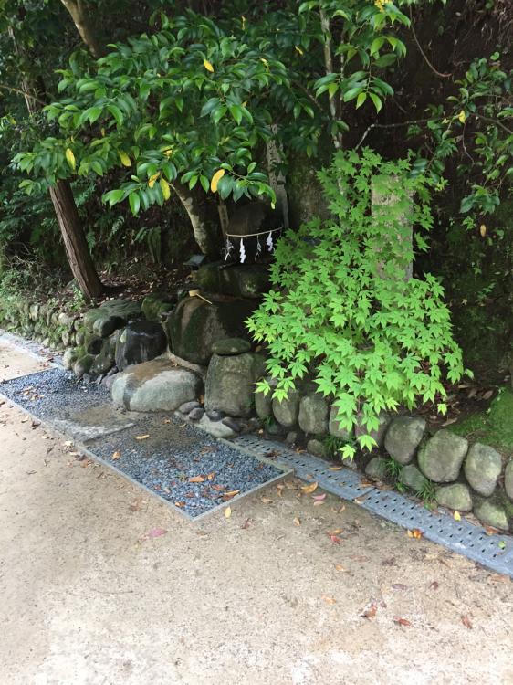 玉造湯神社 願い石・叶い石